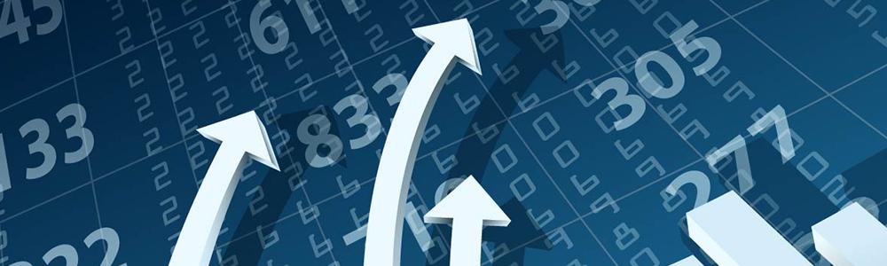 elektronické dáta a šípky, ktoré naznačujú rozvoj obchodných príležitostí